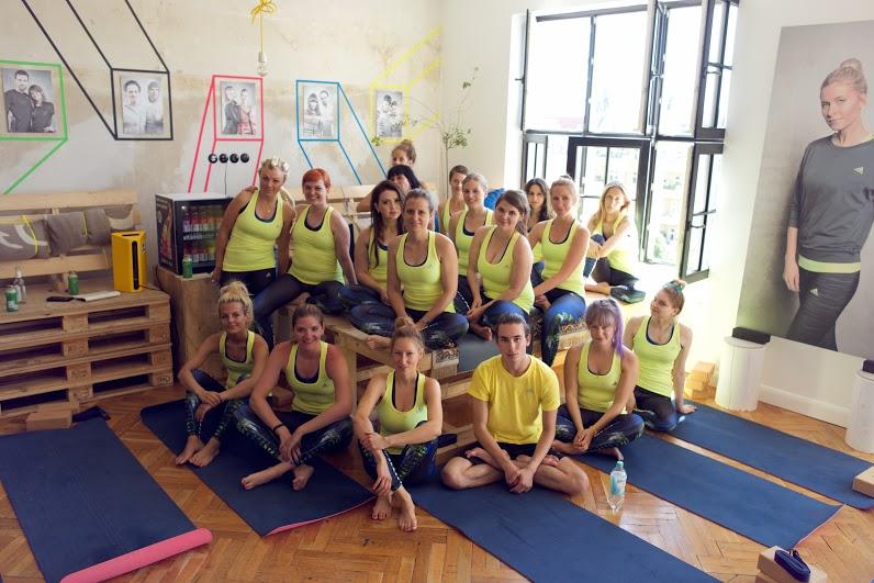 Yoga_Adidas-Boostloft_AvaCarstens 105