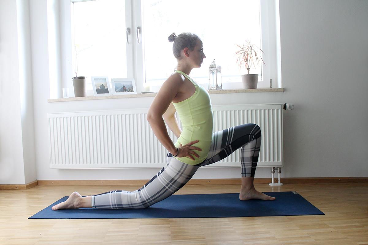 yoga f r die beine mit krampfadern. Black Bedroom Furniture Sets. Home Design Ideas