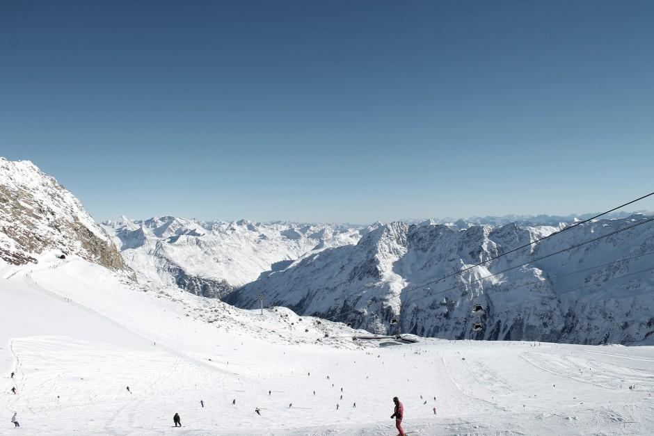 soelden-oesterreich-5-gletscher-freunde-skifahren-skigebiet-oetztal_22