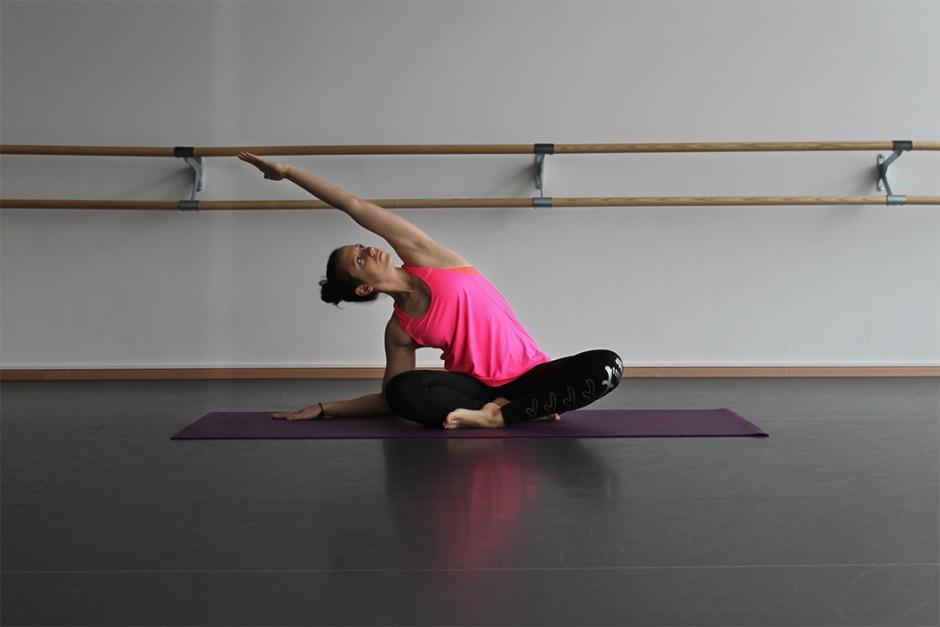 wildandfit-hunkemoeller-hkmx-kollektion-yoga-routine-morgen-1
