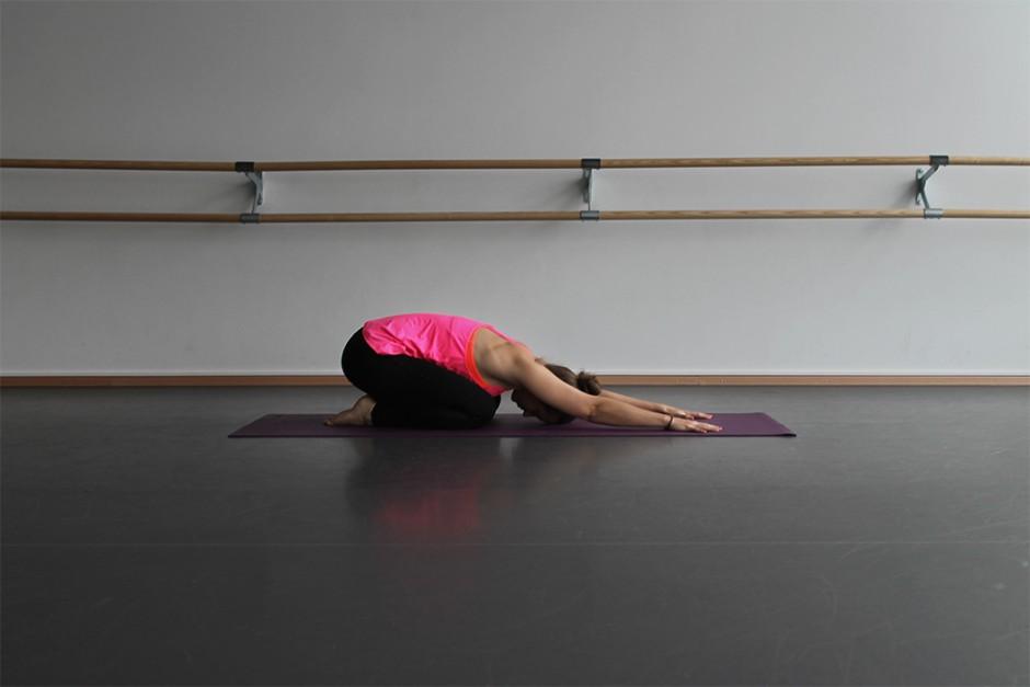 wildandfit-hunkemoeller-hkmx-kollektion-yoga-routine-morgen-8